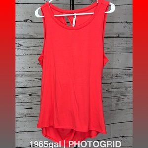 Fabletics Neon Red XL Loose Tank Keyhole Twist Bac